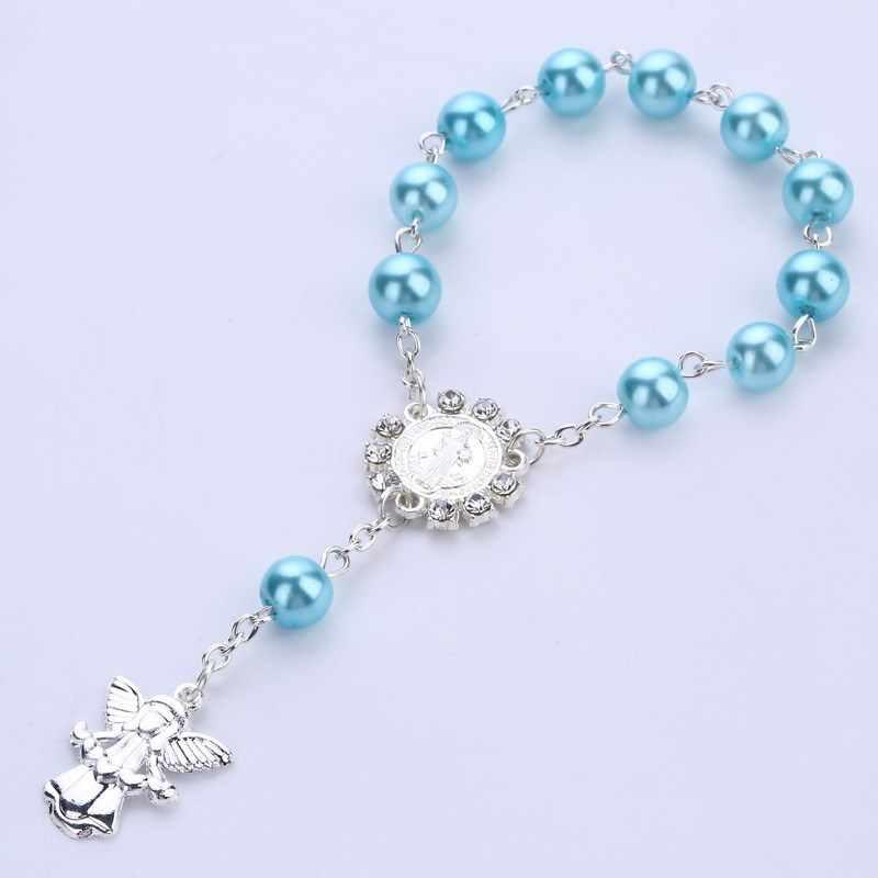 Korale z imitacją perły katolicki różaniec katolicka komunia święta kolor srebrny skrzydła krucyfiks kąt bransoletka z wisiorkami fajny prezent