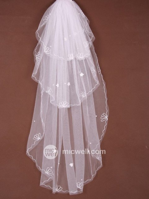 3 Layer Chapel With Applique Wedding Veil (wbb  10 )