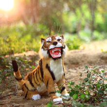 simulation tiger model 47x33cm,polyethylene&furs squatting tiger,prop,home decoration toy,Xmas gift c884