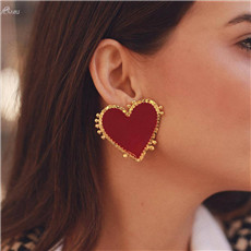 1Pair-Korea-Exaggeration-Gold-Color-Heart-Earrings-Alloy-Red-Heart-Stud-Earrings-for-Women-Wedding-Party