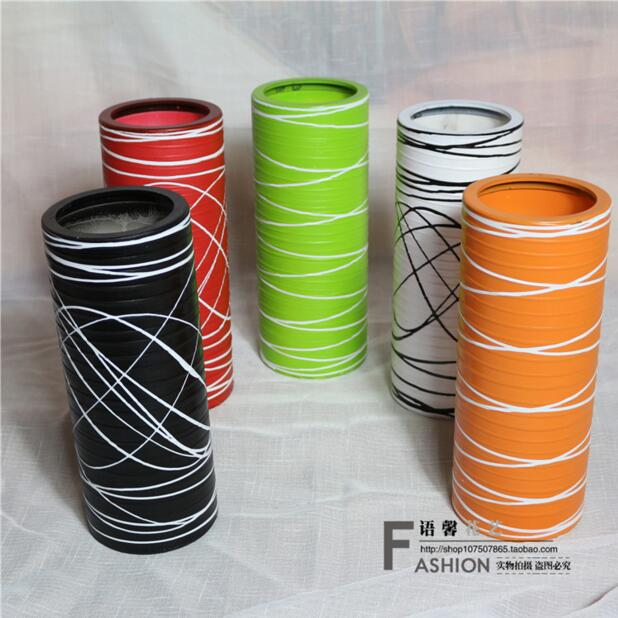 Imitation ceramic white vase flower floral design, modern fashion European resin plastic