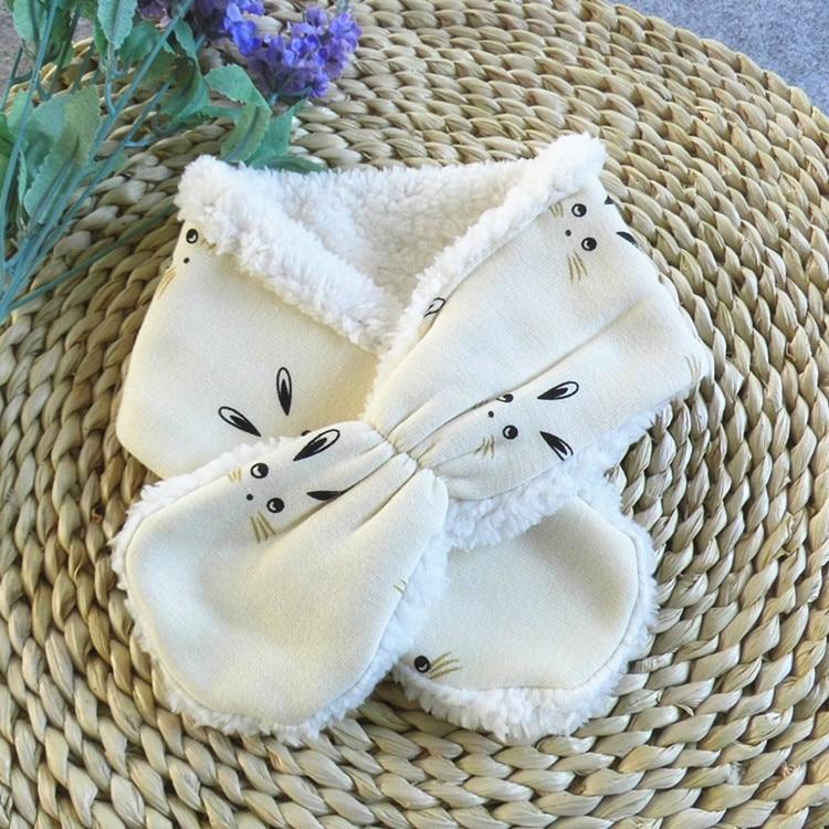 Emon children's winter baby bibs Warm Scarf Kid Heart Shape Pattern Baby boys girls Scarf Neck With Velvet Thickening muffle (8)