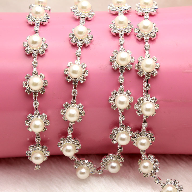 1 yard AAA-Grade Crystal Pearl Rhinestone Cup Chain Silver Base Wedding Dress Decoration Trim Applique Sew on Party Dress