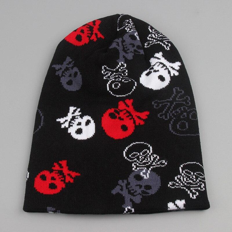 Personalisierte geschenke winter zubehör totenkopf beanie ...
