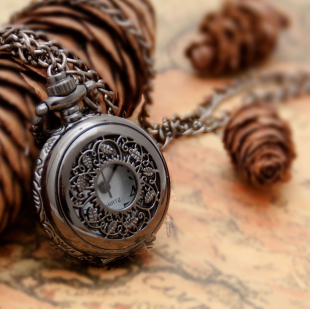 New Arrive Small Size Black Leaf Pocket Watch Necklace For Xmas Gift Pocket Watch Steampunk Quartz Watches 10pcs Dial25MM