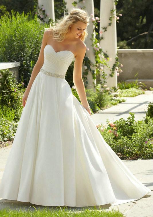2017 Simple Beaded Wedding Dress Elegant Cour Train Sweetheart Silk Taffeta Bridal Gown Custom Made For Womens Vestidos De Novia 1