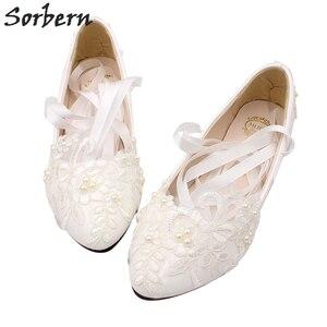 Image 5 - Sorbern אופנה לבן חתונה נעלי חתלתול גבוהה עקבים נשים משאבת עקבים פטנט עור תחרה אפליקציות חרוזים כלה נעלי 2018