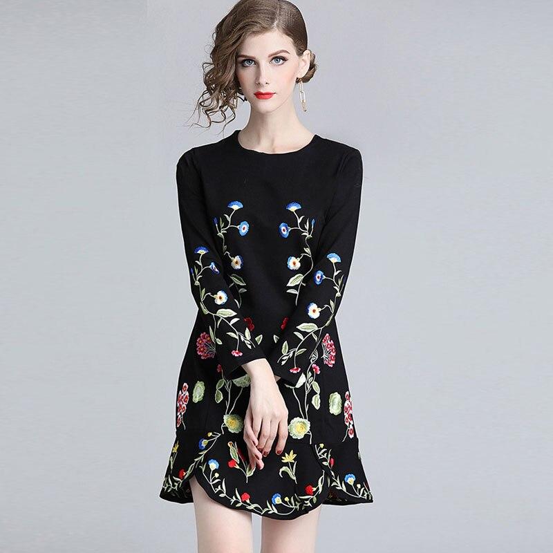 Donna Progettista Di Lunghe Qualità Alta Vestito Ricamo Maniche Vestidos A  Breve Fashion Primavera Casual Il Floreale Abiti ... 711a3925a7c