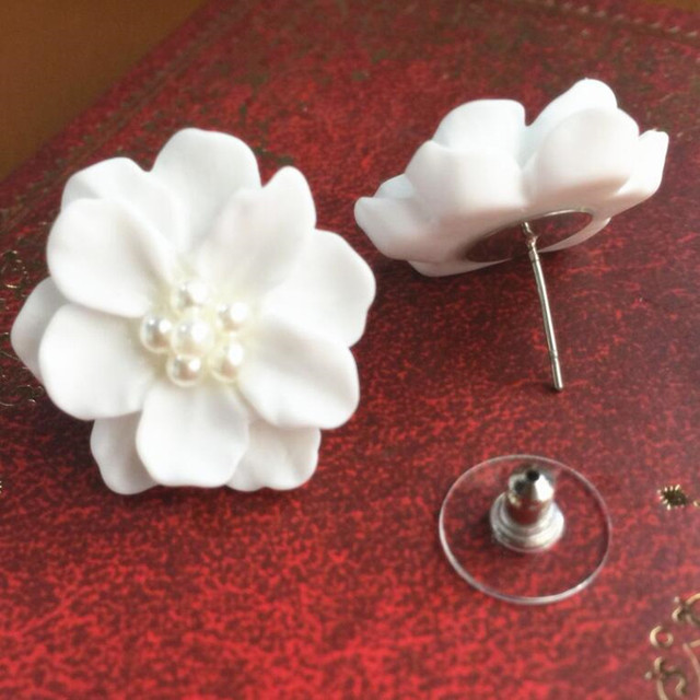 FAMSHIN 1pair New Fashion Big White Flower Earrings For Women 2017 Jewelry