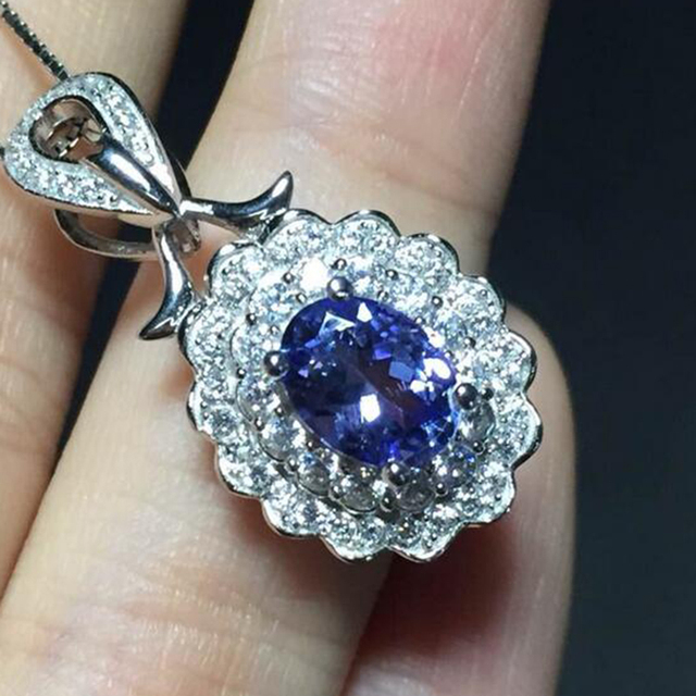 Fashionable pendant necklace for woman 925 Solid Sterling Silver natural Tanzanite pendant necklace anniversary engagement gift