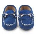 Nuevos Mocasines de Cuero Nobuck Informal Bebé Decoración de Metal Sólido Bebé Mocasines Zapatos Casuales 0-15 Meses