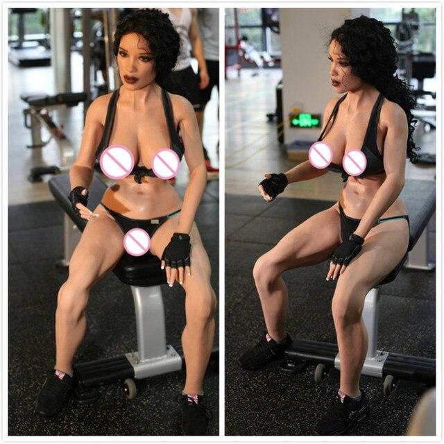 Nude womens curvy