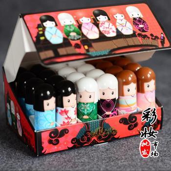 144 sztuk partia Kawaii dziecko balsam do ust Kimono Doll balsam do ust naturalne roślin słodkie balsam do ust odżywcze kosmetyki usta nawilżający do pielęgnacji w pudełko tanie i dobre opinie Lip Balm odżywczy Krem nawilżający inny Aichun Pełny rozmiar 144pcs=6 boxes GZZZ lipbalm ygzwbz CHINA nature 2 6g