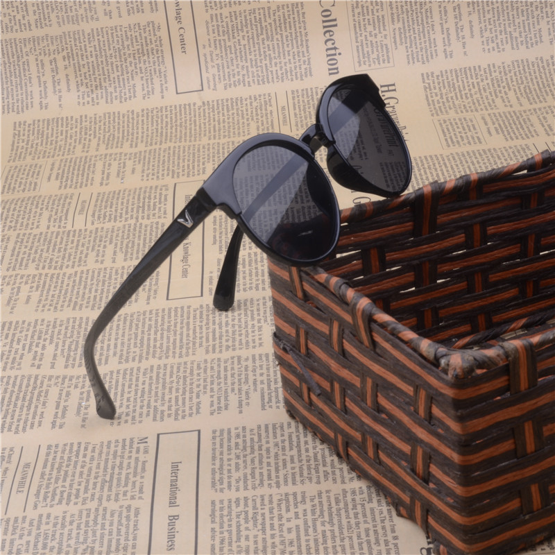 2019 nya mode män och kvinnor barn solglasögon barn runda glasögon klassiska märkesdesign UV400 retro populära solglasögon