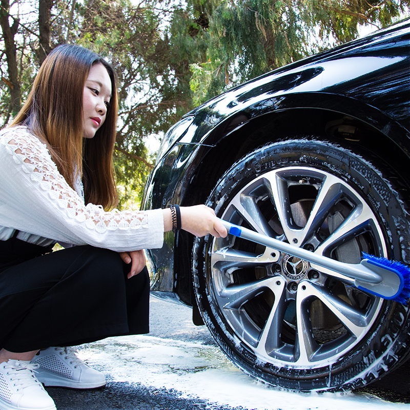 Car Wheel Wash Brush Plastic Handle Vehicle Cleaning Brush Wheel Rims Tire Washing Brush Auto Scrub Brush Car Wash Sponges Tools