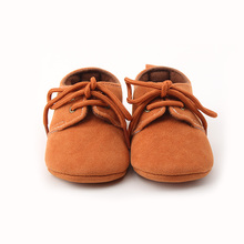 Delebao Spring/Autumn Baby Girl Shoes Solid Lace-up Baby Shoes and Bow