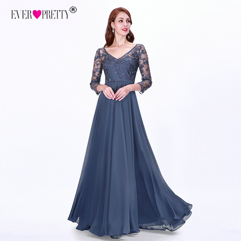 Sexy Long Sleeve Evening Dresses 2019 Ever Pretty EZ07633 Women's Cheap Lace Appliques V-neck Formal Elegant Party Dresses