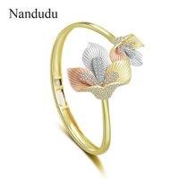 Nandudu Vivid Two Flower Open Cuff Bangle for Women Three Tones High Quality Brass Cubic Zirconia Bracelet Gift B1115