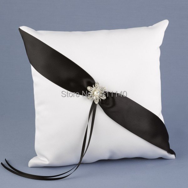 Color Black Simple Design With Diamond Wedding Ring Pillow For