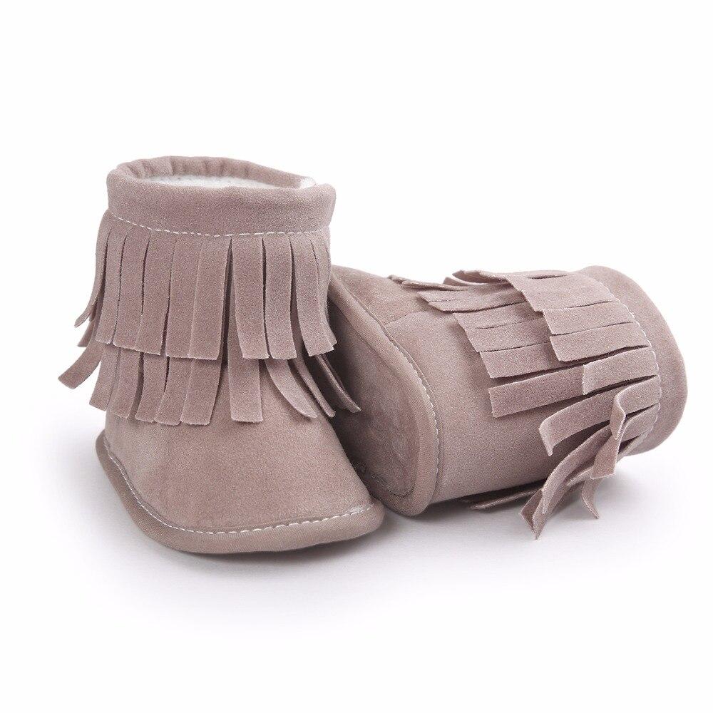 9d31bc9142a0f Hiver Enfants Chaud Boot Bébé Fille Chaussures De Fourrure De Bébé À  Semelle Souple Enfants Chaussons avec le Gland dans Bottes de Mère et  Enfants sur ...