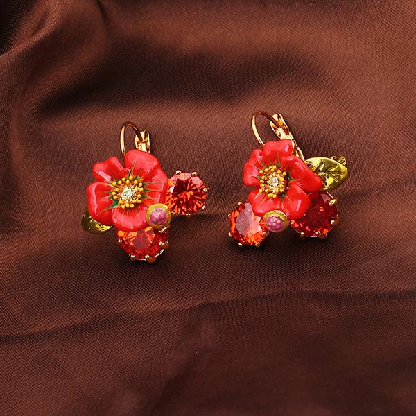 França Les Nereides Esmalte Vermelho Flor Vermelha Brincos Jóia Do Parafuso Prisioneiro Para As Mulheres Simples de Todos Os Coincidir com Brincos Banhados A Ouro