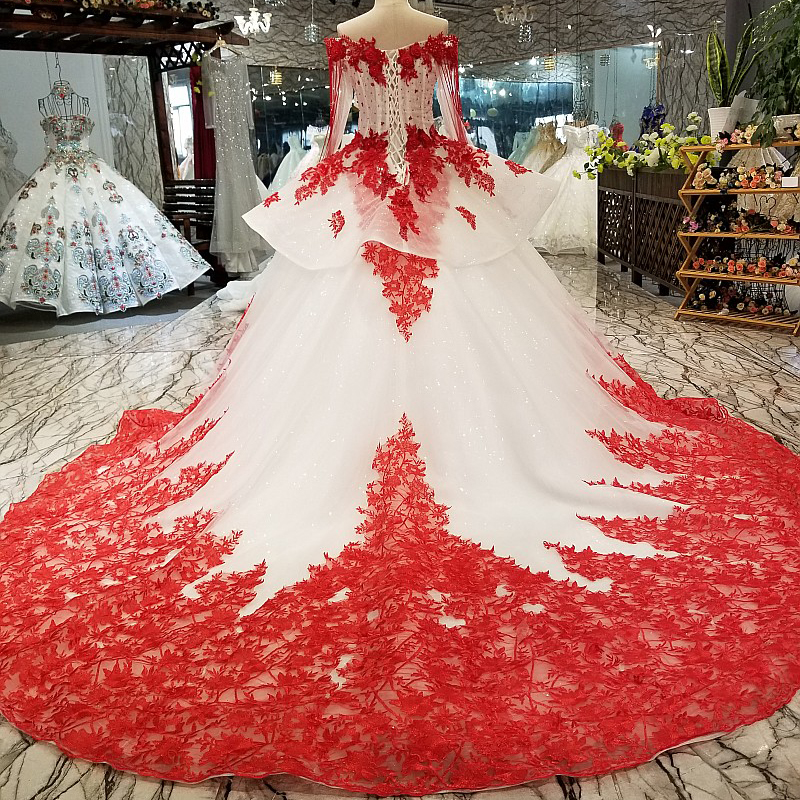 Image 2 - AXJFU white lace princess red flower beading crystal ruffles vintage wedding dress luxury long pearls wedding dress 05410Wedding Dresses   -