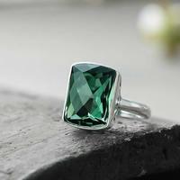 New Arrival Solid Sterling Silver Green Crystal Ring Women Square Fashion Ring