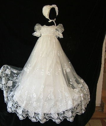 Vintage Customized White Ivory Baby Girls Christening Gown Lace Applique Baptism Gown Infant Baby Dress with Bonnet 2016 new baby infant christening dress lace applique white ivory boys girls baptism gown with bonnet with belt