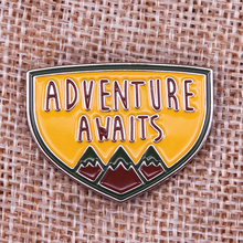Brooch Badge Awaits Enamel-Pin To Soft Scene Explore Adventure Mountains Yes Hiking-Say