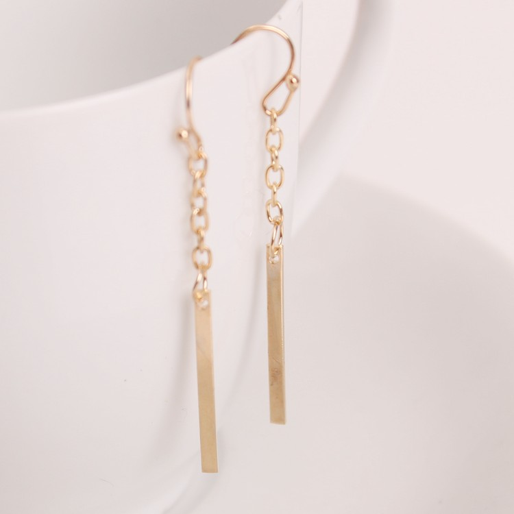 Zinc Alloy European and American popular simple long section of a chain-shaped ear hook earrings wholesale trade punk style