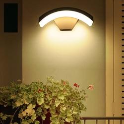 BEIAIDI 12W zewnętrzne oświetlenie ścienne led z czujnikiem ruchu wodoodporny ogród ganek ściana światło Villa Hotel balkon schody alejek kinkiet w Zewnętrzne lampy ścienne od Lampy i oświetlenie na