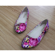 Women Loafers Fashion Spring Print Floral Flat Shoe Ladies Antiskid Flats Boats Canvas Pointed Toe Shoes CXD-HB