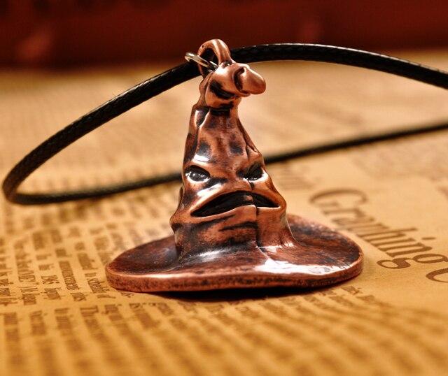 Harry Potter sombrero seleccionador Metal colgante Cosply collar de collar  hombres mujeres navidad regalo 1 unid f2ef06574c7