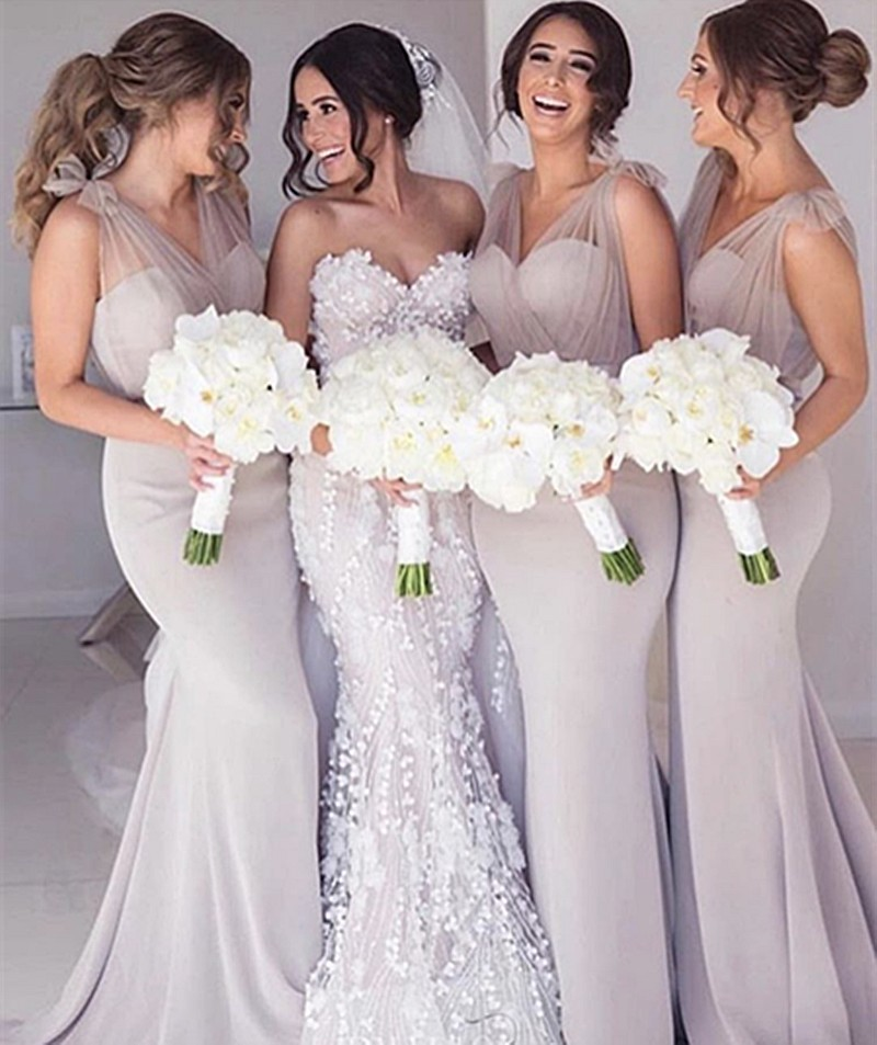 Champagne V-Neck Sleeveless Mermaid Satin Pleated Court Train Mermaid Bridesmaid Gown Sexy Bridesmaid Dresses Fast Shipping