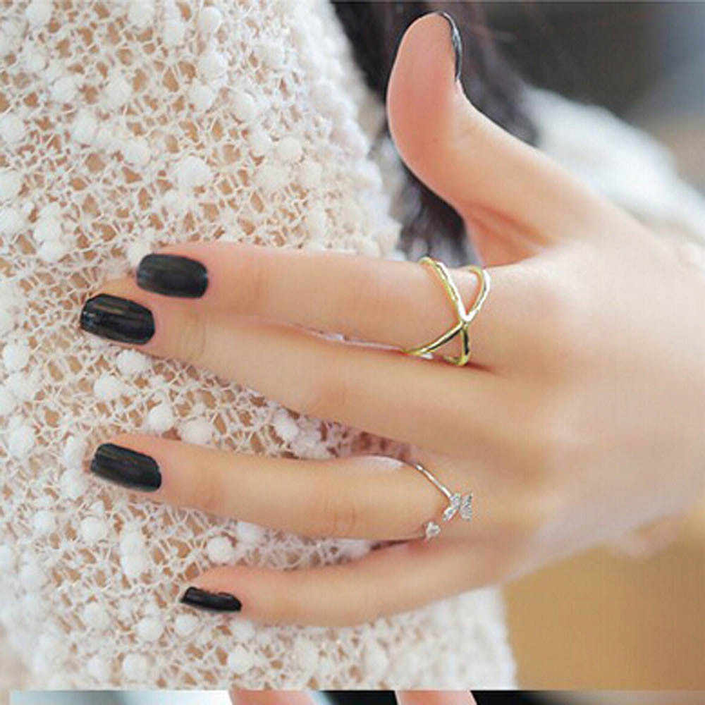 Women Finger X Cross Three-dimensional Hollow Out Alloy Ring