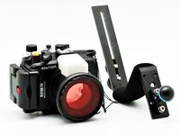 For Sony DSC RX100 IV 40m/130ft Meikon Underwater Camera Housing + Red Underwater Filter (wet 67mm) +Aluminum Diving Handle