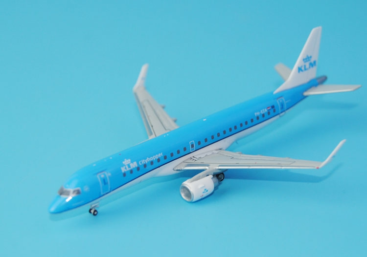Gifts New Gemini Jets 1: 400 KLM 1516 KLM Royal Dutch Airlines ERJ-190AR PH-EZA Alloy aircraft model Favorites Model ph 1 400 lufthansa german airlines airbus a380 alloy aircraft model d aimn