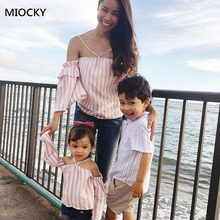 Mom And Daughter Matching T-shirt Tops Family Look Mother & Clothes Newest Women Girls Off-shoulder E091