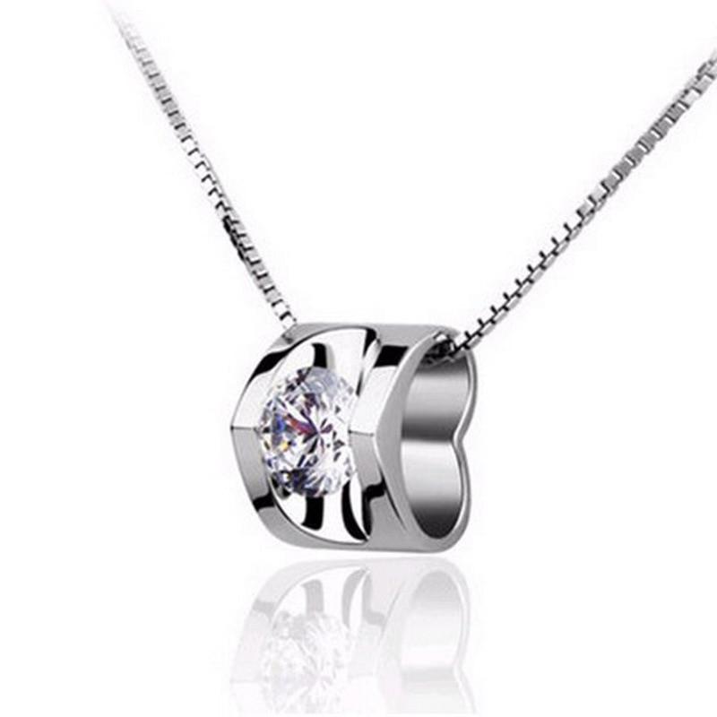 XIYANIKE 925 Sterling Silver Love-Shape Zircon Crystal Pendant NoChian Necklace &Pendant For Women Fine Jewelry Collares VNS8126