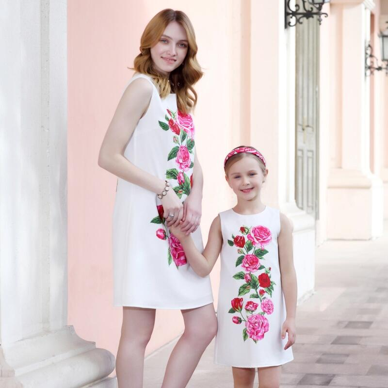 Summer family look children rose flower kids girl holiday beach dress 3-14T sleeveless mother and daughter formal party sundress child silk soft braces skirt family look outfit mom kids girl summer beach sundress matching mother and daughter holiday dresses