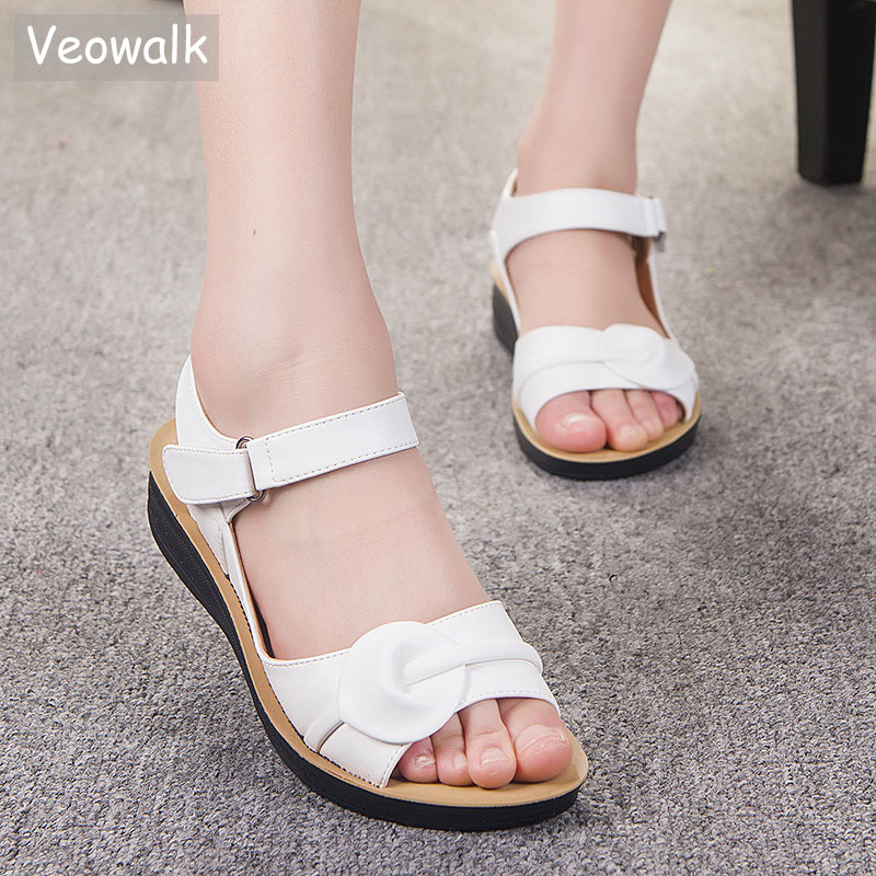 Big Size 35-41 Summer Women Genuine Leather Sandals Vintage Ladies Flat Sandials Ankle Strap Fashion Casual Platforms Soft Shoes us 8size full real leather sweet women 2017 summer ankle strap flat heel sandals ladies hot fashion red blue apricot flats shoes