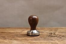 (cocobollo)木製ハンドル51/58/58.35 1ピースプロフェッショナル手作りツルサイカチ属retusa mmstainlesssteelbase coffeeespresso改ざんバリスタ
