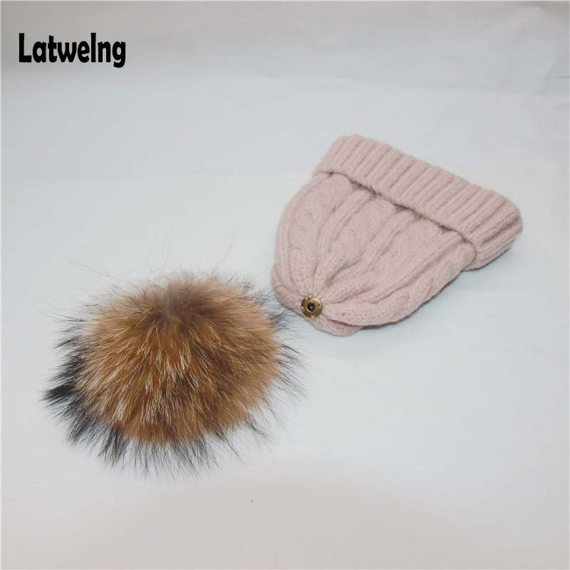 DIY Real Raccoon Fur Pom Pom For Women And Kids Beanies,Shoes,Scarves,Clothes And Accessories Pom-Poms For Needlework Bonnet