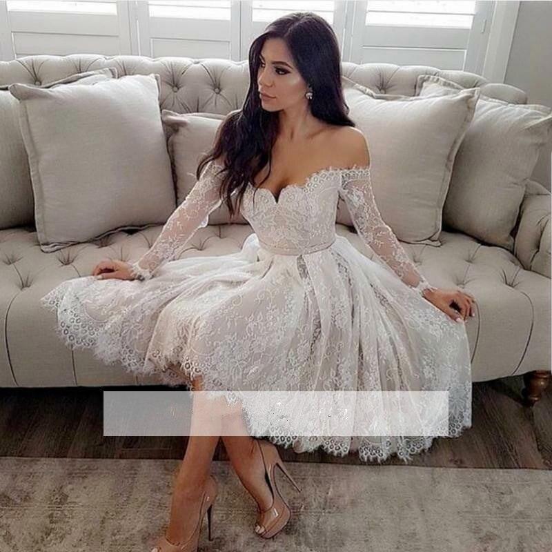 White Long Sleeves 2018 Elegant Cocktail Dresses A-line V-neck Short Mini Lace Party Plus Size Graduation Homecoming Dresses