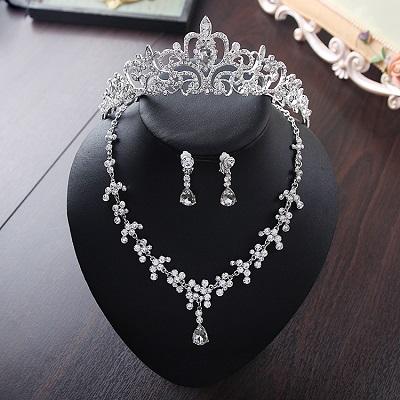 Bride Diaries New Design Crystal Pearl Bride 3pcs Set Necklace Earrings Tiara Bridal Wedding Jewelry Set Accessories (3)