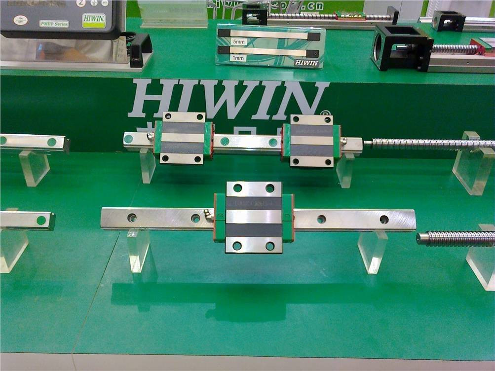 CNC HIWIN EGR20-2900MM Rail linear guide from taiwan cnc hiwin egr20 1500mm rail linear guide from taiwan