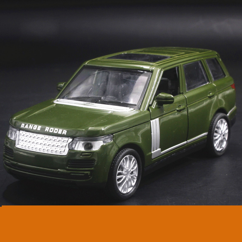 High Simulation 1:32 SUV Land Diecast Alloy Metal Luxury Racing Car Model Collection Pull Back Toys Car Gift Light and Music