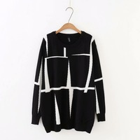 Plus size autumn O Neck Long sleeves women Knitted pullovers 2018 casual black & gray geometric ladies sweater wool female 5XL