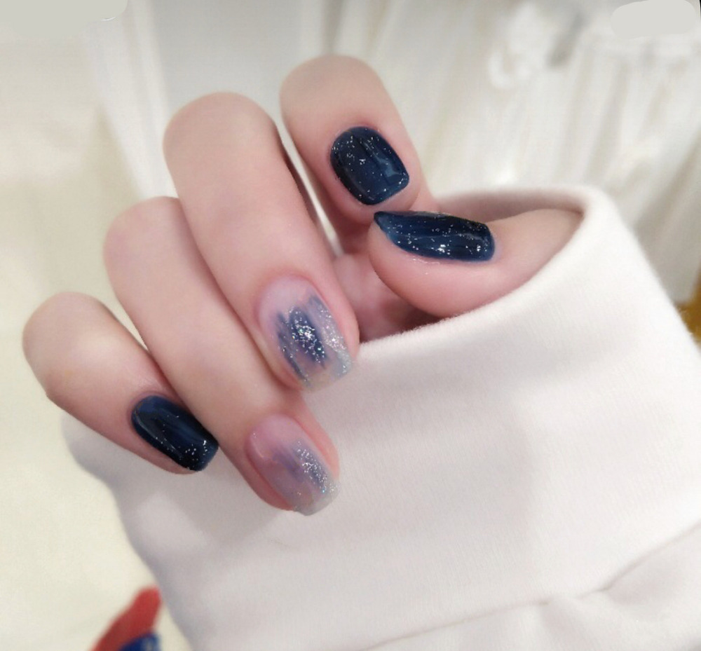 24pcsset Starry sky navy blue bloom design finished fake nails short size full nail tips Patch lady finger art bride