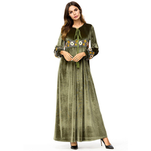 2018 Hot Sale Army Green Women Long Sleeve Knitted Button Dress Winter Ladies O Neck Casual Party With Belt 7221